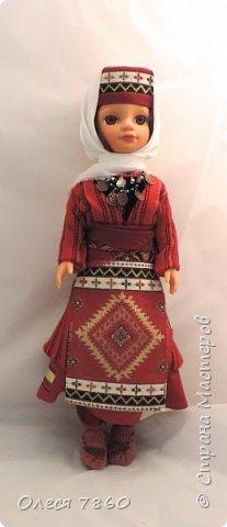 Добрый день. Я сейчас живу в Армении. Интересной и древней стране. И мне захотелось сделать пару кукле в русском костюме. Перед вами кукла в народном армянском костюме района озера Ван фото 14