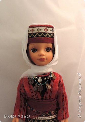 Добрый день. Я сейчас живу в Армении. Интересной и древней стране. И мне захотелось сделать пару кукле в русском костюме. Перед вами кукла в народном армянском костюме района озера Ван фото 3
