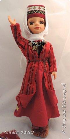 Добрый день. Я сейчас живу в Армении. Интересной и древней стране. И мне захотелось сделать пару кукле в русском костюме. Перед вами кукла в народном армянском костюме района озера Ван фото 4