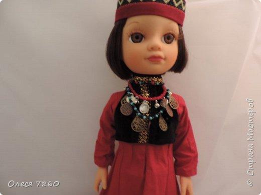 Добрый день. Я сейчас живу в Армении. Интересной и древней стране. И мне захотелось сделать пару кукле в русском костюме. Перед вами кукла в народном армянском костюме района озера Ван фото 12