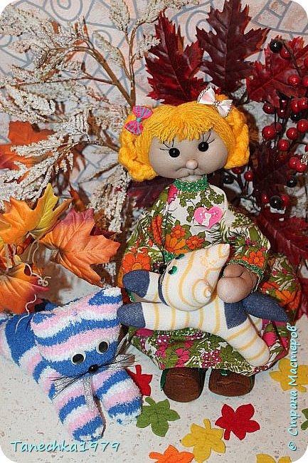 """Здравствуйте, жители Страны Мастеров. Наконец-то решилась поучаствовать в конкурсе. Давно хотела попробовать сделать куклу из капрона... и как говорится - МЕЧТЫ СБЫВАЮТСЯ ). Просмотрев номинации конкурса решила, что это будет """"Животные и дети"""". фото 16"""