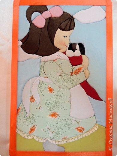 """""""Милый друг"""". Так называется наша картина из лоскутков ткани.  С заботой и любовью девочка прижимает к себе щенка, он самый родной и любимый для нее. фото 1"""