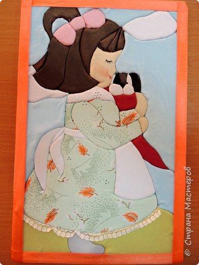 """""""Милый друг"""". Так называется наша картина из лоскутков ткани.  С заботой и любовью девочка прижимает к себе щенка, он самый родной и любимый для нее. фото 5"""