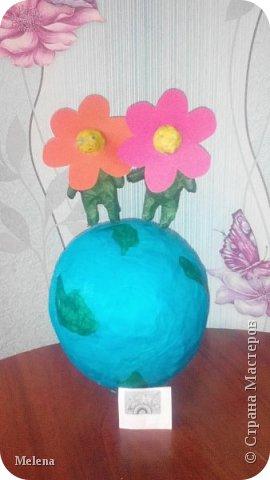 """У меня есть младший брат. Моя мама называет нас с братом «цветы жизни». Прочитав названия номинаций, я выбрала  - Зеленая планета """"Дети цветы жизни"""".  фото 7"""