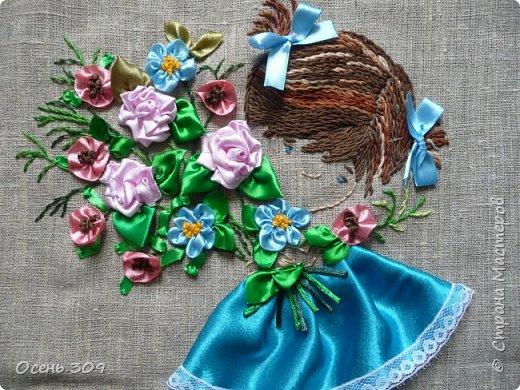 Эта маленькая нежная девочка в цветах - то ли ребенок, то ли цветок незабудки, для меня символ моего безмятежного детства, когда спокойствие и красота окружают тебя. У моей бабушки был сад где росли яблони и цветы: пионы, многолетние маки, ирисы. Летом я всегда играла там. И светлые чувства от общения с садом навсегда остались у меня в душе. В минуты тревог и забот я нахожу успокоение и душевное равновесие в общении с природой, цветами. фото 9