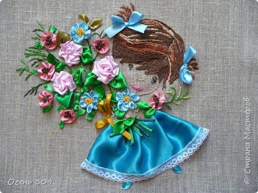Эта маленькая нежная девочка в цветах - то ли ребенок, то ли цветок незабудки, для меня символ моего безмятежного детства, когда спокойствие и красота окружают тебя. У моей бабушки был сад где росли яблони и цветы: пионы, многолетние маки, ирисы. Летом я всегда играла там. И светлые чувства от общения с садом навсегда остались у меня в душе. В минуты тревог и забот я нахожу успокоение и душевное равновесие в общении с природой, цветами. фото 11