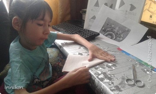 """Решили с  Настей иллюстрировать сказку """"Серая шейка"""" в технике оригами.  фото 4"""