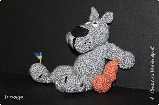 """Здравствуйте, жители Страны Мастеров! Меня зовут Аня. Я люблю заниматься рукоделием, и особенно делать игрушки. Поэтому я захотела принять участие в конкурсе """"Дети планеты"""".  Знакомьтесь: Волк-обжорка. Это герой мультфильма """"Жил-был пёс"""". фото 13"""