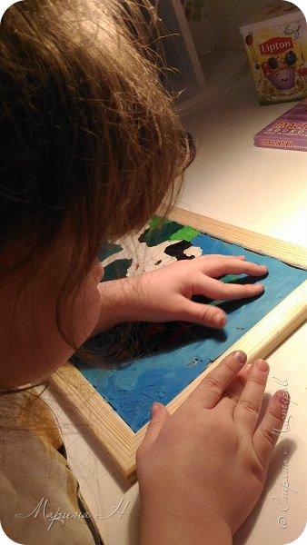 С Алёной мы долго выбирали что сделать. Не так давно, на конкурс в детский сад, Алёна делала картину из пластилина с изображением котенка Гав и очень он ей запомнился. Решили мы сначала сделать Шарика из этого мультфильма, но потом передумали и сделали вместе котёнка и щенка))) фото 6