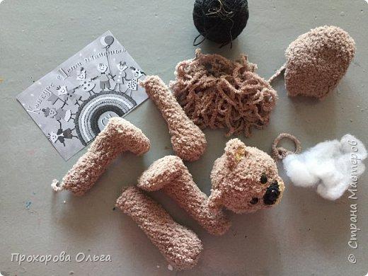 Познакомтись,мой Мишутка. Мишка - это постоянный житель многих сказок, разных народов. Мой мишка, из словянских сказок, он любит ромашки и ходит в вышиванке. фото 3