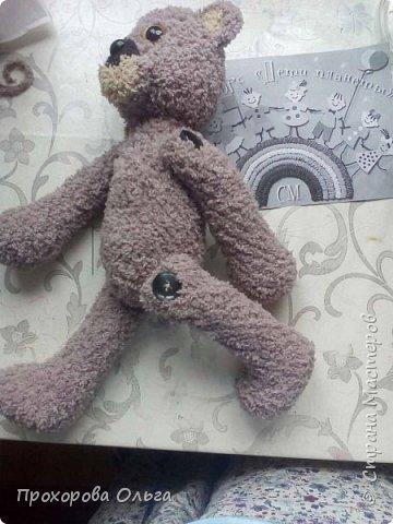 Познакомтись,мой Мишутка. Мишка - это постоянный житель многих сказок, разных народов. Мой мишка, из словянских сказок, он любит ромашки и ходит в вышиванке. фото 5