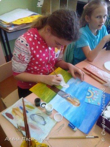 Таня любит рисовать, кропотливая и старательная. Участвует во всех конкурсах, которые нам предлагают. Из семи номинаций сразу остановилась на теме о животных, потому что очень любит собак.  фото 8