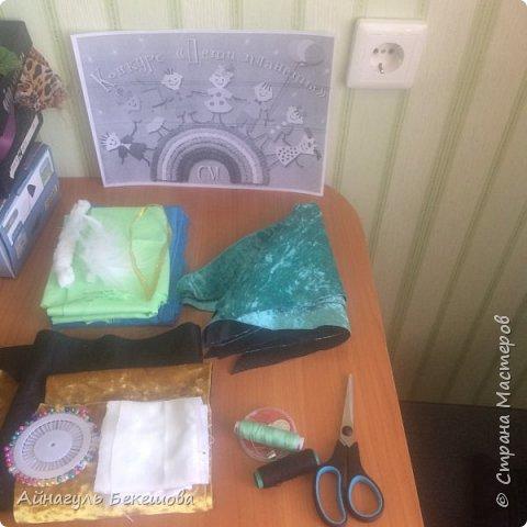 """В преддверии весеннего мусульманского праздника Наурыз был объявлен конкурс """"Дети планеты"""". Поэтому я решила сшить костюм своего народа, казахской девушки. Он состоит из головного убора- саукеле, платья, камзола и обуви. фото 8"""