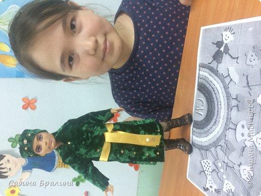Представляю на конкурс национальный костюм на мальчика, который состоит из чапана и головного убора. В таких нарядах мы отмечаем все государственные праздники Казахстана, 1 мая-день единства народов и т.д.  И в целом такая одежда была удобная, теплая в повседневной жизни наших предков, даже верхом на коне.  фото 6