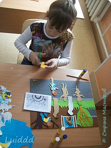 """Доброго всем дня. Продолжаю  тему  игр советского детства. На этот раз представляю вашему вниманию работу """"Во дворе"""".  фото 5"""