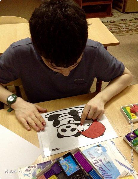"""Сию, что в переводе с китайского означает """"размышляющий о мире"""", подарили большую панду... фото 2"""