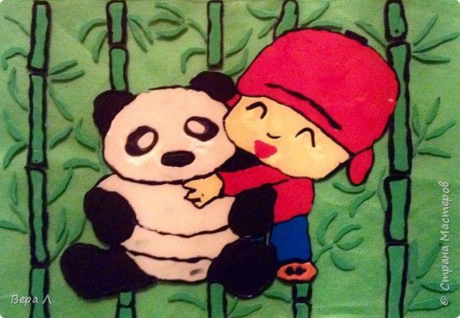 """Сию, что в переводе с китайского означает """"размышляющий о мире"""", подарили большую панду... фото 1"""