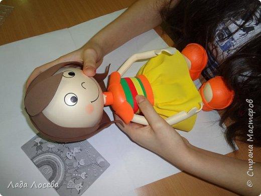 У каждого Российского ребёнка есть игрушка самая любимая, чаще всего это мишка. Он может быть плюшевым, тканевым или каким -то другим, но всегда ребёнок испытывает к нему самые нежные чувства, жалеет, защищает, убаюкивает. А если Мишка сделан своими руками, то становится ещё более родным, ведь в него вложена частичка твоей души.  фото 18