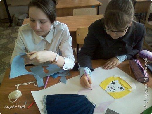 В рамках конкурса «Дети планеты» мы с учениками работали над проектом по французскому языку «Французский народный костюм», который затем разделился на две подтемы. Руководителем проекта является учитель; мои помощники – ученицы 9 класса; участники проекта – шестиклассницы.  фото 11