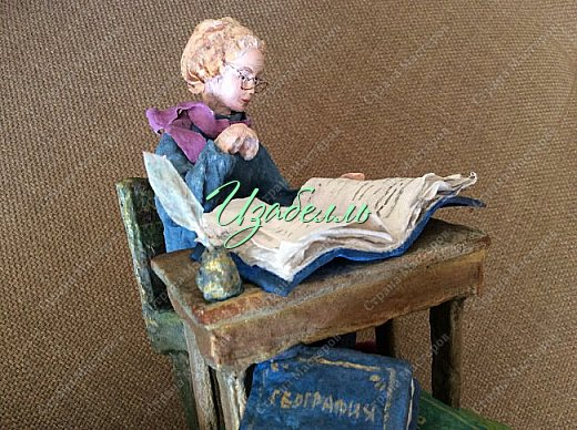 """Дорогие друзья! Выставляю коллективную работу : Педагог + мои талантливые ученицы. Глядя на мою работу """"""""Маленький принц с лисой"""" , девчонки захотели принять участие в конкурсе и создали объемные иллюстрации к замечательной книге Экзюпери """"Маленький принц"""". Антуан де Сент Экзюпери  родился во франции в городе Лионе.  фото 6"""
