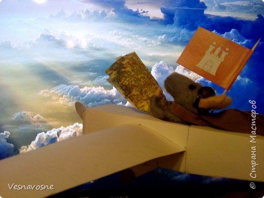 """Здравствуйте, дорогие участники и организаторы конкурса """"Дети планеты"""". С недавних пор мы увлеклись мышками! А вдохновила нас на участие в конкурсе детская книга Торбена Кульмана """"Линдберг. Невероятные приключения летающего мышонка"""". Представляем Вашему вниманию вариант главного героя этой книги. фото 1"""