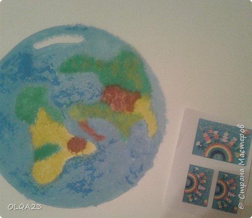 Ещё раз, Здравствуйте! Всем известно, что  2017 год объявлен Годом  экологии. В связи с этим незадолго до начала конкурса    мы с ребятами решили сделать  свой Экологический календарь. 22 апреля – Всемирный день Земли.  Представляем на конкурс страничку календаря посвящённой этой дате. фото 8