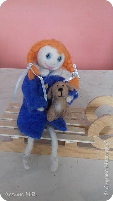 """Халтурина Ольга  с большим желанием решила поучаствовать в конкурсе. У ее есть лучший друг,  это  щенок Тишка. Оля занимается в творческом объединении """"Фантазии из бисера и войлока"""" и свою работу она выполнила в технике сухое валяние фото 1"""