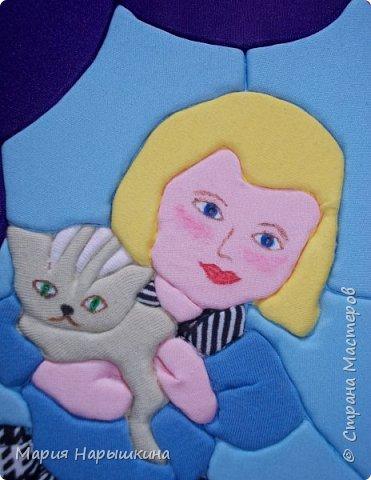 Представляем на конкурс работу Нарышкиной Екатерины в технике кинусайга. Кате 8 лет, учится она в первом классе. Катя очень любит разных животных. Дома у нее живут хомячки и рыбки, а еще Катя мечтает о котенке. Вот и решила она рассказать о своей мечте - сделать картину с кошкой и котенком. фото 7