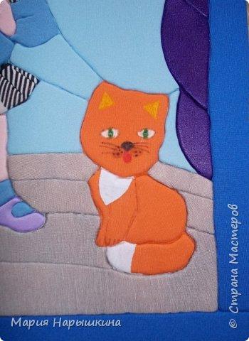 Представляем на конкурс работу Нарышкиной Екатерины в технике кинусайга. Кате 8 лет, учится она в первом классе. Катя очень любит разных животных. Дома у нее живут хомячки и рыбки, а еще Катя мечтает о котенке. Вот и решила она рассказать о своей мечте - сделать картину с кошкой и котенком. фото 6