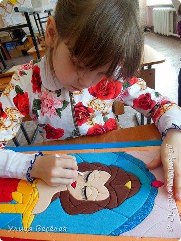 """Зарина сделала принцессу! Я тоже хочу! Ведь мне тоже нравятся принцессы! Я сделала Белль из мультфильма """"Красавица и чудовище"""". Эта сказка так похожа на нашу русскую """"Аленький цветочек"""" Сергея Тимофеевича Аксакова. Больше похожа именно волшебная европейская сказка, которую обычно печатают в приложении к сказкам Шарля Перро. фото 15"""
