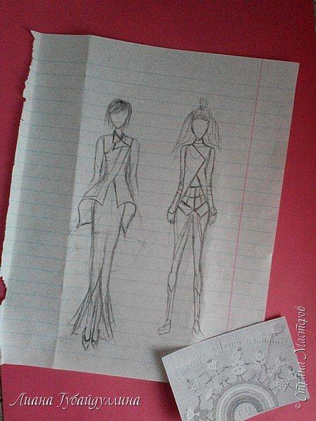Я попыталась нарисовать свою версию одежды будущего,первый вариант не совсем далекого будущее(в принципе похожие наряды и сейчас носят),а второй костюм более далекого будущего.В моем представлении,что в одежде будущего будут с геометрическими фигурами(не знаю как правильно выразиться). фото 2