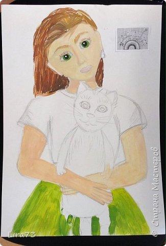 """Здравствуйте! Представляем на конкурс работу Маши. Она очень любит рисовать и с радостью согласилась принять участие.  На рисунке она изобразила себя со своим котёнком и назвала работу """"Пушистый комочек"""" фото 3"""
