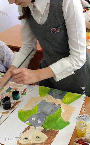 """Здравствуйте! Представляем на конкурс работу Маши. Она очень любит рисовать и с радостью согласилась принять участие.  На рисунке она изобразила себя со своим котёнком и назвала работу """"Пушистый комочек"""" фото 5"""