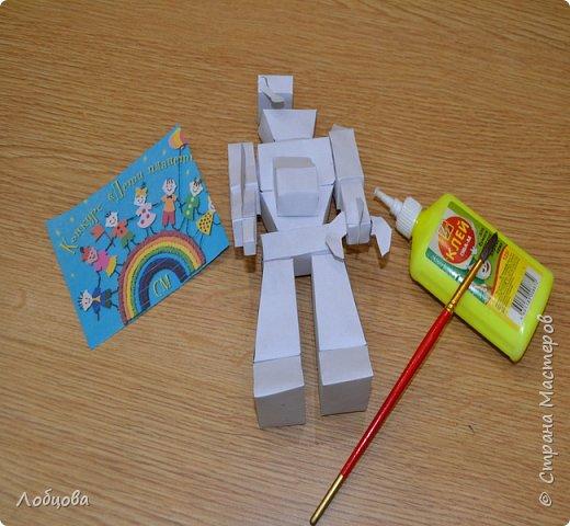 Добрый день мастера. Я представляю на конкурс робота-строителя, который будет строить дома будущего. фото 4