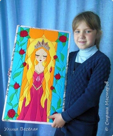 Пока я болела Поля и Зарина принцесс сделали! Хорошо, что Марина Геннадьевна и для меня нашла принцессу. Да еще какую! Мне очень нравится Рапунцедь. И мультфильм смотрела, и книжки читала, даже на тетрадках и альбоме у меня Рапунцель.!  фото 13