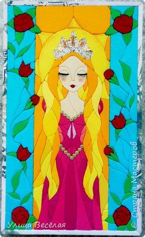 Пока я болела Поля и Зарина принцесс сделали! Хорошо, что Марина Геннадьевна и для меня нашла принцессу. Да еще какую! Мне очень нравится Рапунцедь. И мультфильм смотрела, и книжки читала, даже на тетрадках и альбоме у меня Рапунцель.!  фото 2