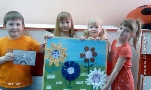 Воспитанники старшей группы выполнили поделку в виде весёлой цветочной клумбы. фото 7