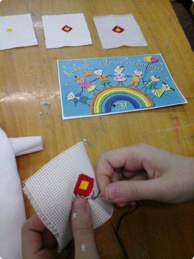 Сестренка и братишка - чувашские ребятишки! На создание таких текстильных куколок вдохновляет наша Чувашская Республика и её яркая национальная чувашская вышивка! фото 10