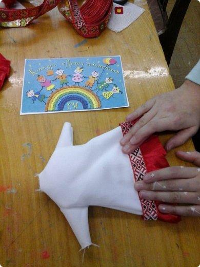 Сестренка и братишка - чувашские ребятишки! На создание таких текстильных куколок вдохновляет наша Чувашская Республика и её яркая национальная чувашская вышивка! фото 12