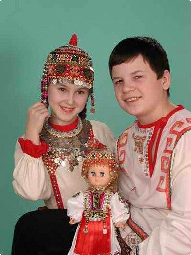 Сестренка и братишка - чувашские ребятишки! На создание таких текстильных куколок вдохновляет наша Чувашская Республика и её яркая национальная чувашская вышивка! фото 2