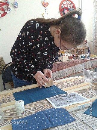Я живу в Пермском крае, в котором проживает более 130 различных национальностей. Одним из интереснейших народов финно-угорской группы являются коми-пермяки. К конкурсу мне хочется представить вашему вниманию куклу в коми-пермяцком наряде.  фото 2