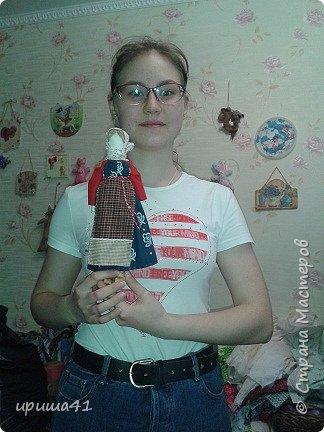 Я живу в Пермском крае, в котором проживает более 130 различных национальностей. Одним из интереснейших народов финно-угорской группы являются коми-пермяки. К конкурсу мне хочется представить вашему вниманию куклу в коми-пермяцком наряде.  фото 7