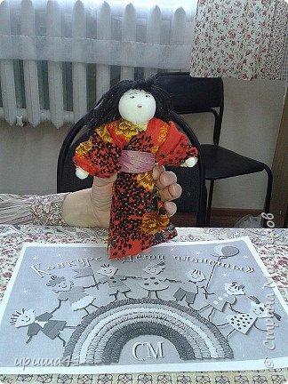 Мне очень нравится Япония своей удивительной культурой. Поэтому я захотела сшить на конкурс куклу-девочку в японском традиционном костюме.  фото 7