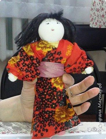 Мне очень нравится Япония своей удивительной культурой. Поэтому я захотела сшить на конкурс куклу-девочку в японском традиционном костюме.  фото 1