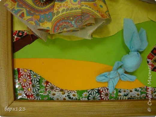 Кукла-оберег  испокон веков считается , нянечкой для новорожденных. Символ любви матери-прародительницы Рода к последующим поколениям. Моя мама родилась в 1925 году в Кировской области. где широко распространено изготовление народной игрушки и поэтому я всегда имела большое количество кукол и люблю их делать сама с теми детьми , которые приходят ко мне на занятия. фото 8