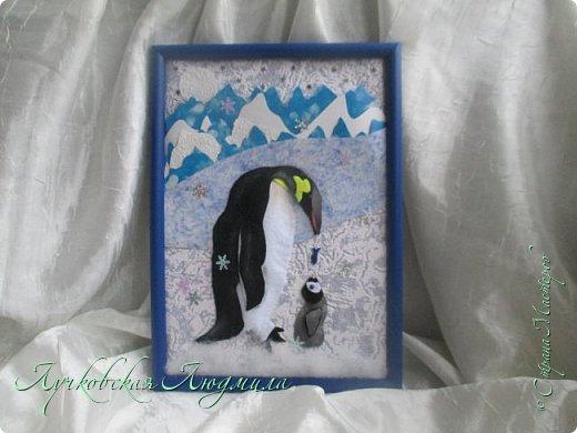 """Спасибо за конкурс и возможность себя проявить. Представляю свою картину """"Пингвины на севере"""". уж очень они мне нравятся, а тут такая возможность! Когда фотографировала готовую работу подумала, что ее можно будет отнести в сад....к Новому году, обязательно загадают сделать поделку. В процессе выкладывания фотографий решила сделать маленький МК. может кому пригодится. фото 12"""