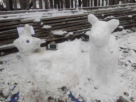 добрый день, вот и мы дождались снега, и конечно же захотелось что-нибудь из него сделать, а тут как раз узнала про конкурс ну и решила, а почему бы не попробовать. фото 5