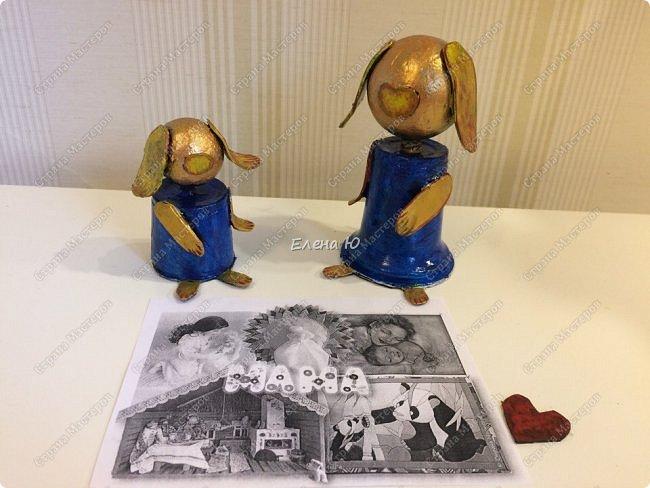 Желтая маленькая собачка поздравляет маму с Днем Матери. Она приготовила ей в подарок сердечко в знак большой любви и, конечно, цветок:)) Универсальный сувенир, который подойдет и к этому празднику, и к Новому году, и к Международному женскому дню и ко Дню Святого Валентина:))) фото 8