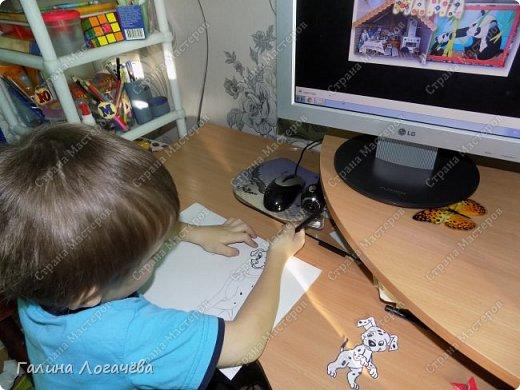 Мой сын любит мастерить разные поделки, особенно открытки. Он с охотой взялся за эту поделку. фото 3