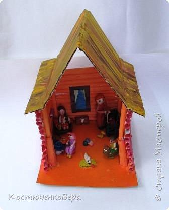 Такой дом построили девочки 4 класса, Катя и Оксана. Семейная сценка из жизни многих семей. Дома мама и её дети. Как хорошо, когда дома мир и покой. И есть своя крыша. фото 10